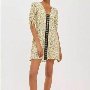 TopShop hook & Eye print dress size 4